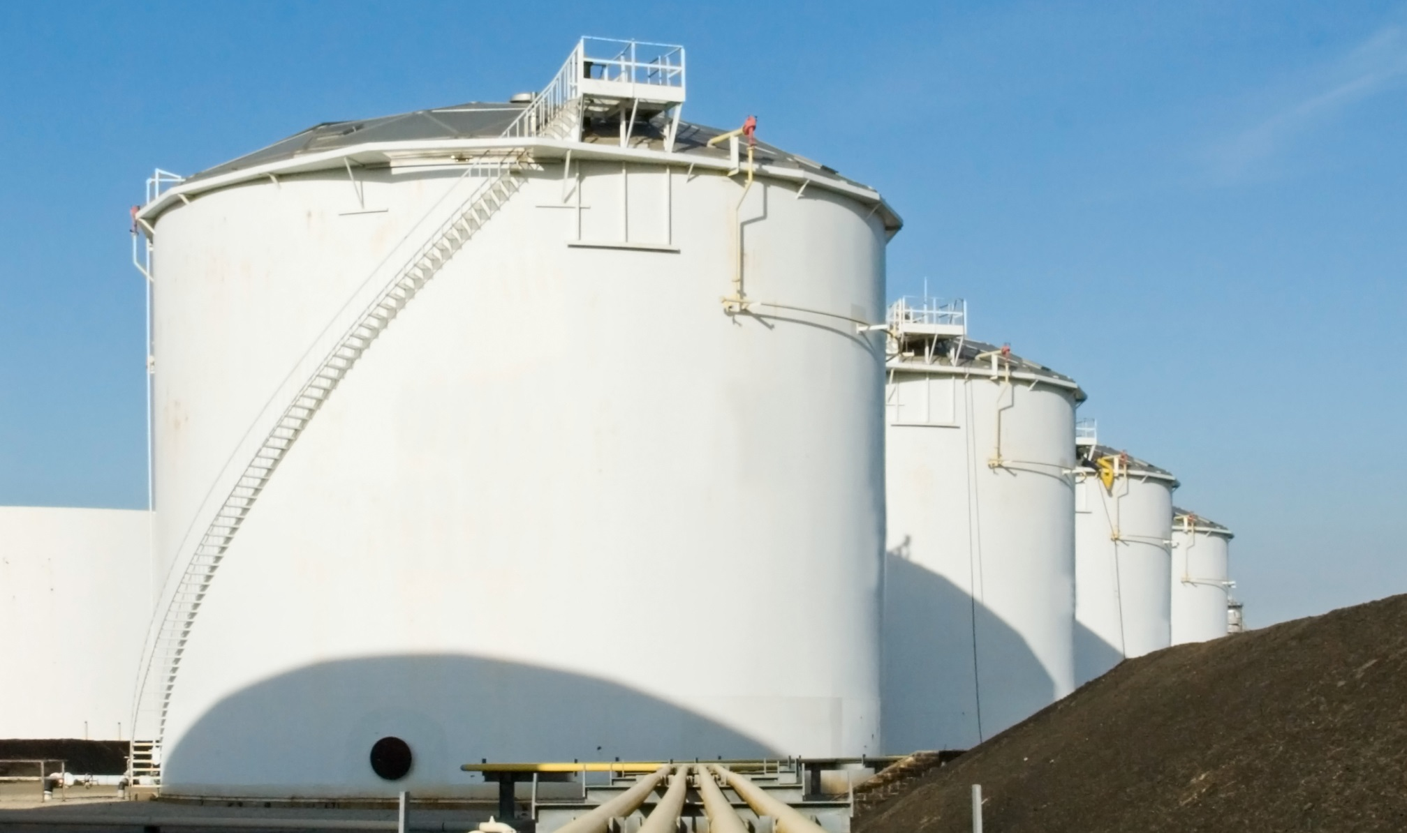 Cold Applied Corrosion Solutions for Storage Tanks