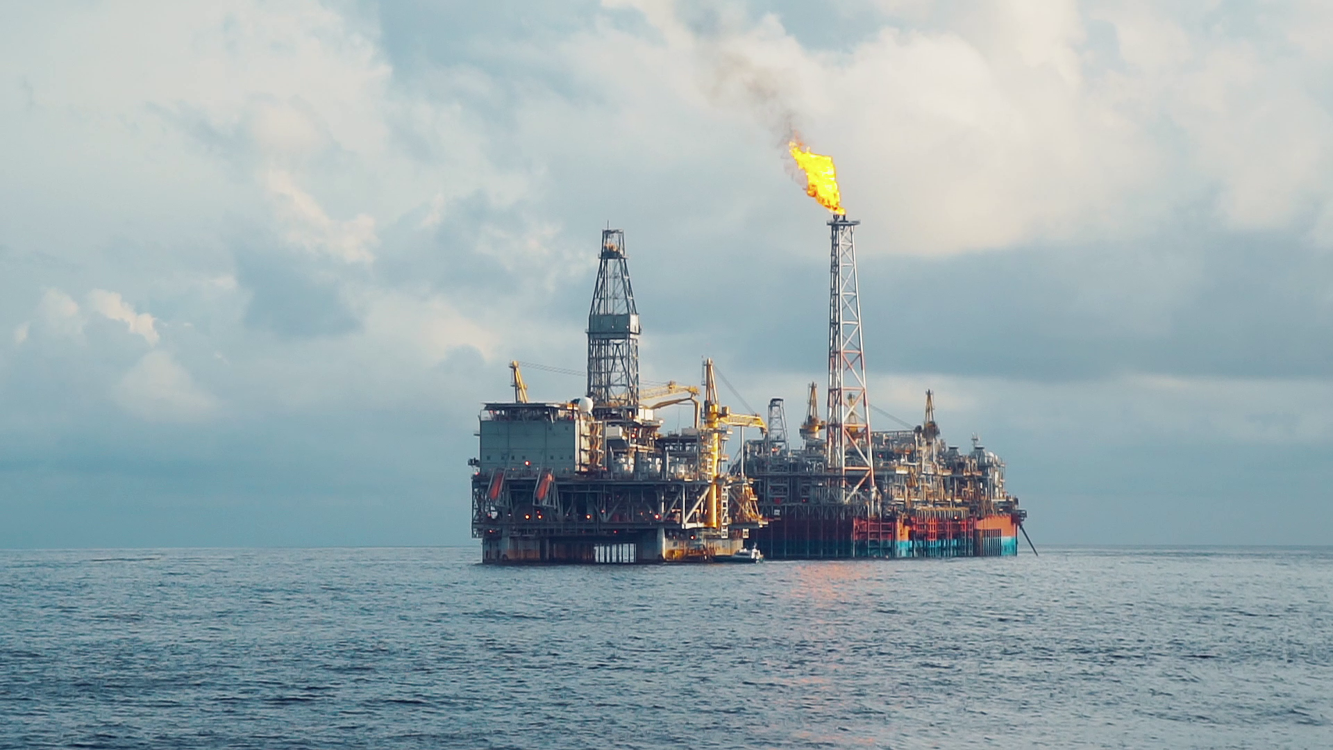 Read more about the article Underwater Coating Protects FPSO Hull from Corrosion